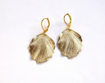 Earrings - SMALL LOTUSBLATT, gold-plated