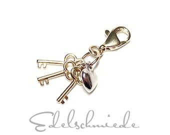 Charm Pendant in 333/- bicolor Gold Key & Lock