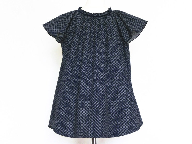 Dress 104 / 110 blue patterned short-sleeved upcycling image 0