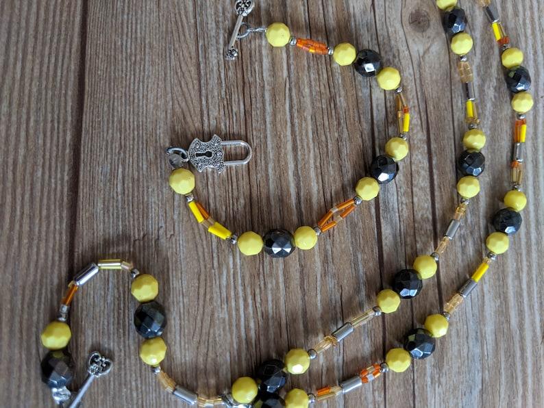 Hand beaded jewelry Black beads Handmade necklace and bracelet necklace and bracelet pair Matching necklace and bracelet Yellow beads