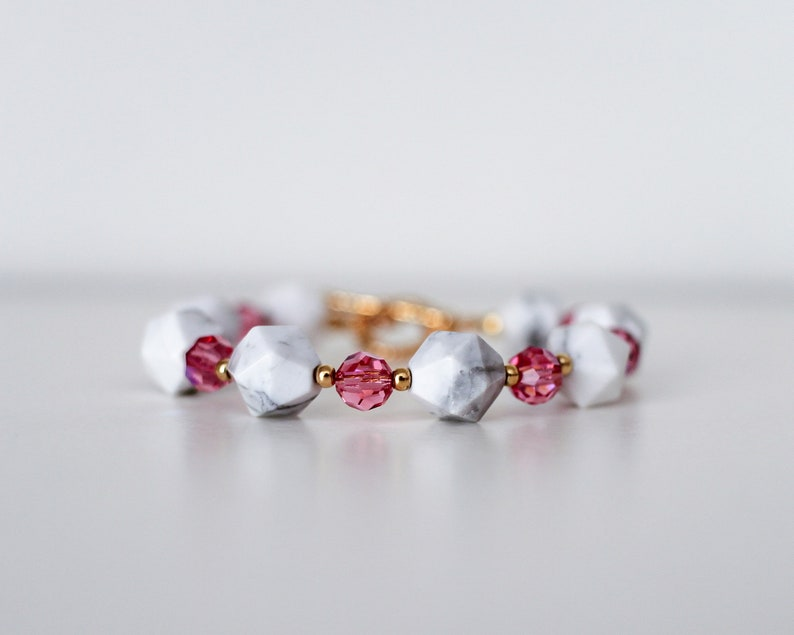 Think Pink  Faceted Marbled Beaded Bracelet semi precious image 0