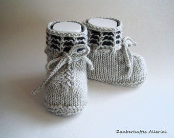 Baby shoes baby boots knitted