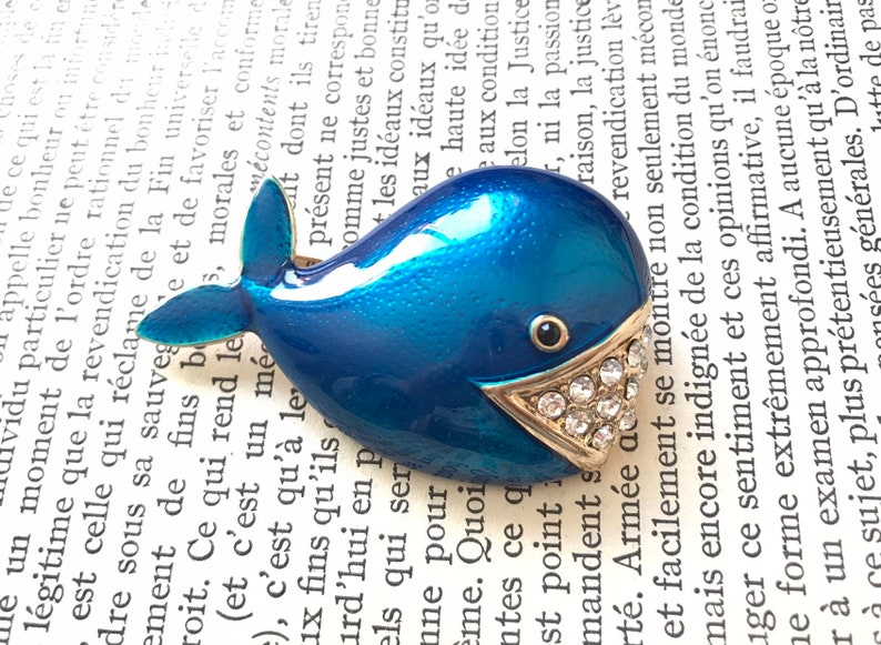 Vintage Gift for Her Pin Dolphin Sea French Sailor Original Present Ocean Brooch for Women Enamel Jewelry Pearl Rhinestone