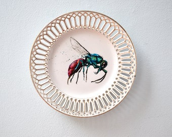 Wall plate decoplate wasp gold wasp breakthrough plate hand painted - decoration plate hand-painted wall plate insect vintage plate