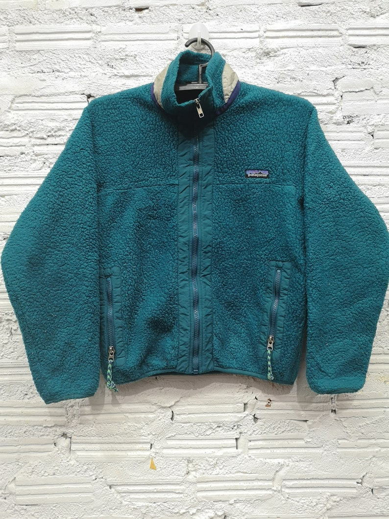 2207c32a4f2 Vintage 90 s synchilla Patagonia fleece jacket SZ S Green