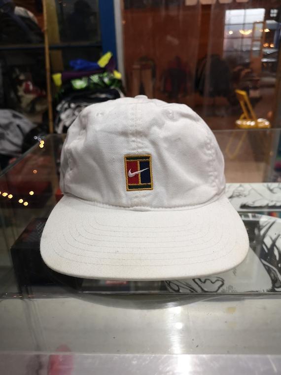 d286ef786a2 Nike Supreme Court 90s VTG Sampras Tennis Cap Hat Challenge