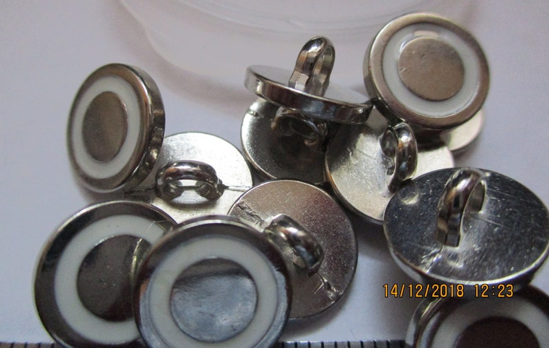 brass 5 types small buttons 4-hole button eyelet button each 10 pieces 10 and 11 mm metal silver metal button