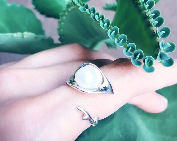 Dew Pearl Ring Sterling Silver organic flower leaves sterling silver jewelry earth lover pearl green water dew morning