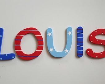 Holzbuchstaben Kinderzimmertür blau rot