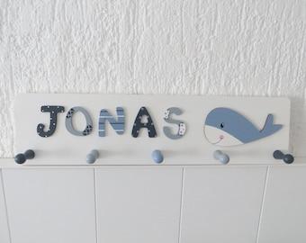 Garderobe für Kinder mit Namen, Holzbuchstaben, Kinderzimmer, Motiv Wal