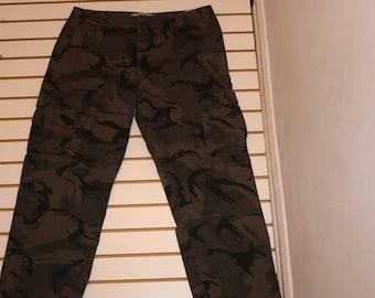 5b002f22b2bbe Wrangler Jeans Co Camo Cargo Men's 100 % Cotton Army Fishing Hunting 40 x 30