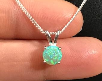 Kiwi Green Fire Opal CZ Moths Silver Jewellery Pendant for Necklace