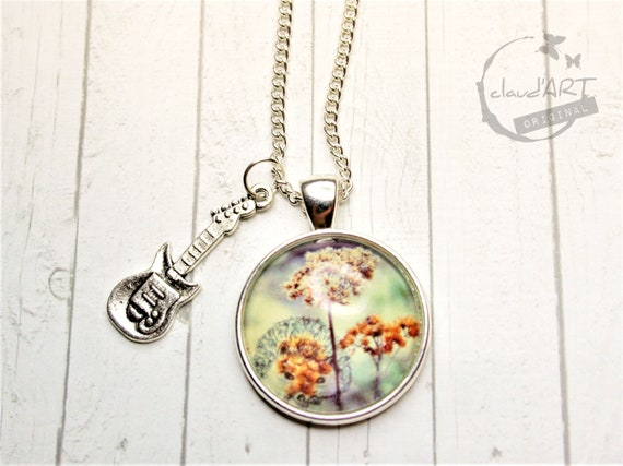 "Necklace silver. 25 mm-""hedgehog"" daydreamer with guitar"