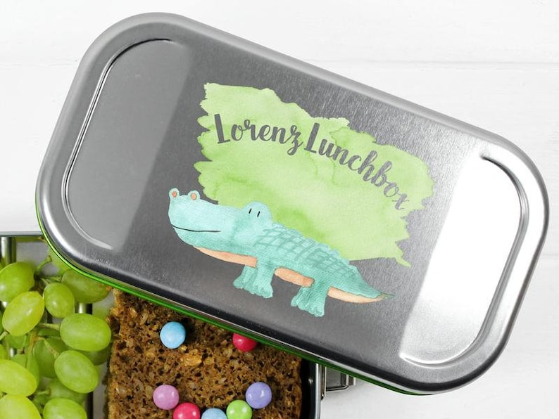 Lunchbox with name and crocodile