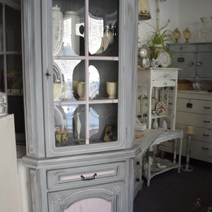 Shabby Chic/country House Cabinet/corner Cabinet