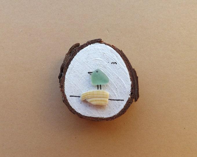 MTO Miniature Wood Slice Magnet LITTLE BIRD Scene Pebble Art