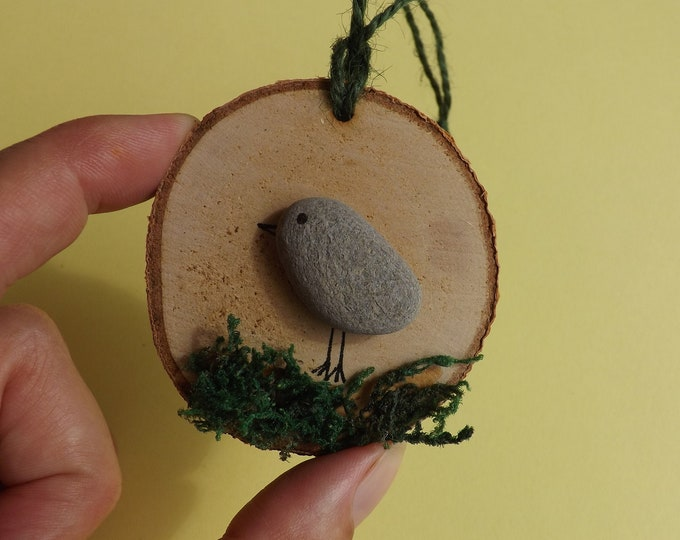 MTO Sea Pebble Art Wood Slice with Birdie