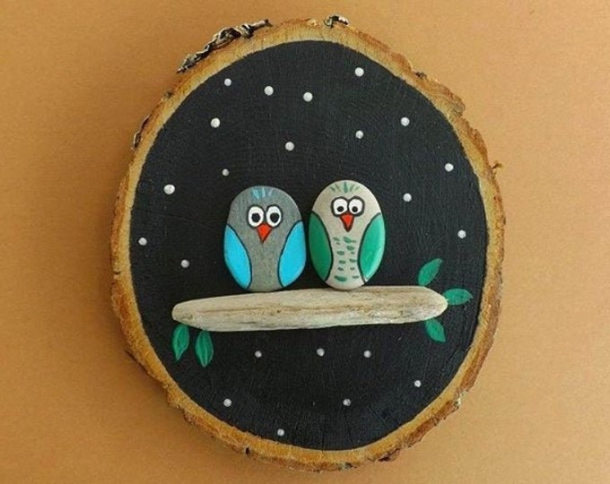 MTO LARGE Snow Night Owl Family Group Pebble Art Wood Slice