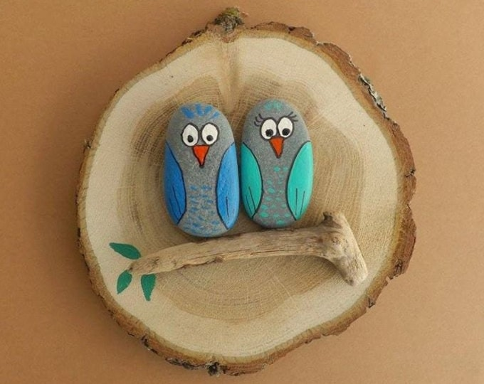 MTO LARGE Owl Family Group Pebble Art Wood Slice