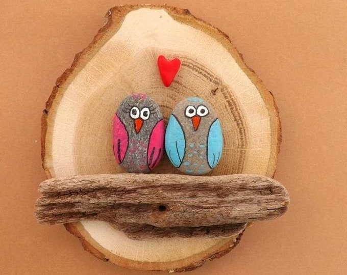 MTO LARGE Love Heart Couple Pebble Art Wood Slice