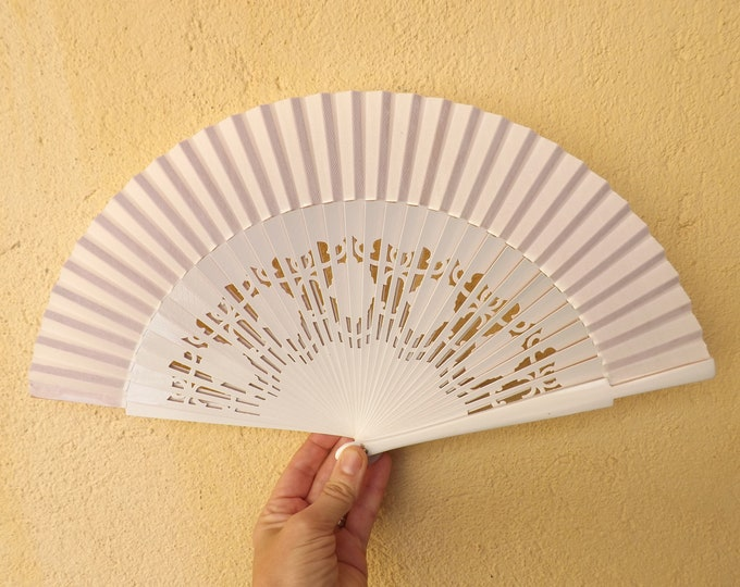 Std White Fret Wooden Hand Fan