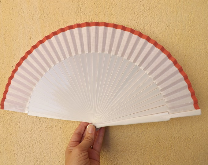 Std White Coral Hand Fan