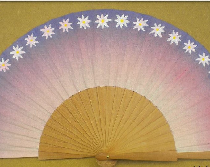 MTO Std Purple Daisy Hand Fan