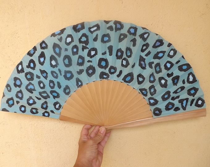MTO XL Supersize Animal Print Blue Natural Hand Fan