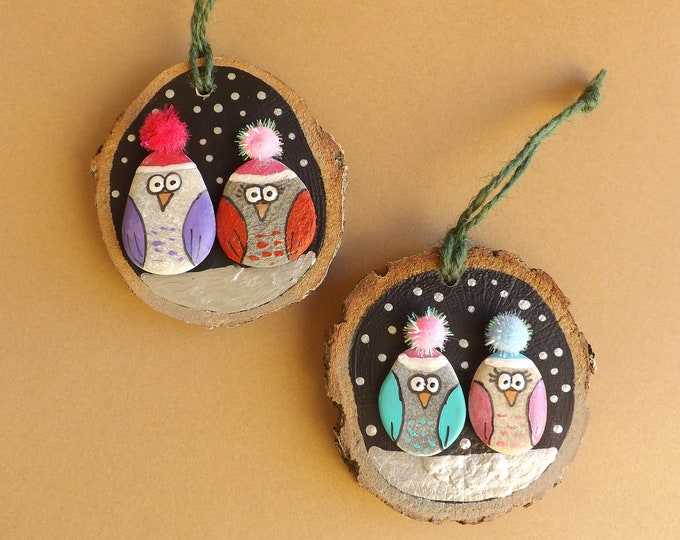 MTO Wintery Bobble Hat Owl Couples Wood Slice