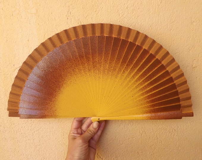 MTO Std Brown and Yellow Gold Hand Fan