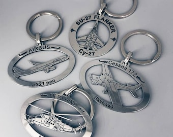 Metal Keychain with airplanes, Airbus 380, Airbus 320, Airbus 321 neo, Boeing 747, Boeing 787,  Cessna 172, Keychain with plane, Metal tag