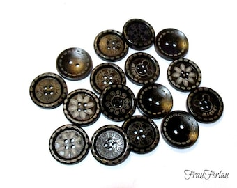 6 wooden buttons brown pattern 25 mm buttons wood