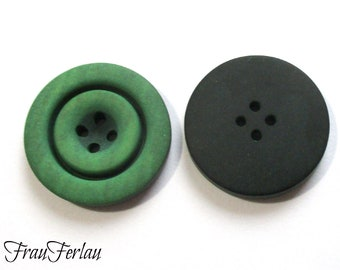 3 x wooden button around large 23 mm green Seco buttons