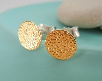 Round studs silver disc with fine gold and fine hammer blow 7.8 mm