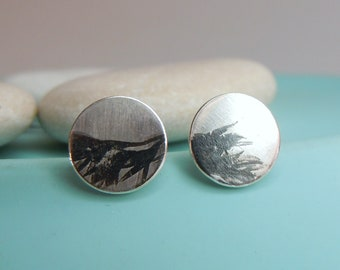 Round stud earrings with vegetable relief 7 mm made of 925 silver