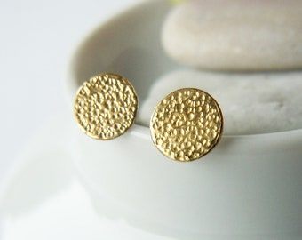 Round mini stud silver disc with fine gold and fine hammer blow 5.5 mm