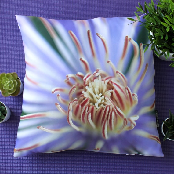 """Colourful Flowers 100/% cotton fabric sold by the meter 63/"""" super width 1709113"""