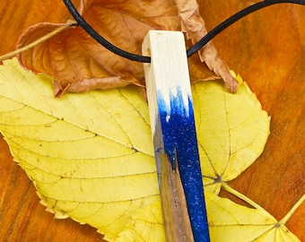 Resin Ahorn Und Nussbaum In Kunstharz Als Anhänger