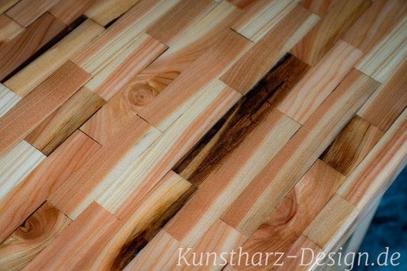 Epoxidharz Tisch aus Lärchenholz Epoxy Esstisch oder als Tafel für eine große Familie oder für Ihr Büro