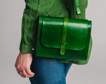 Small green leather bag