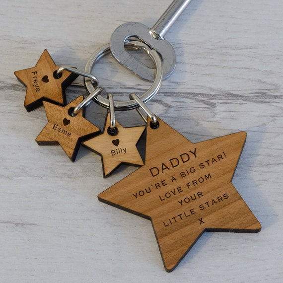 Personalised Engraved Wooden Keyring Star Daddy Mummy LOVE YOU TO THE STARS