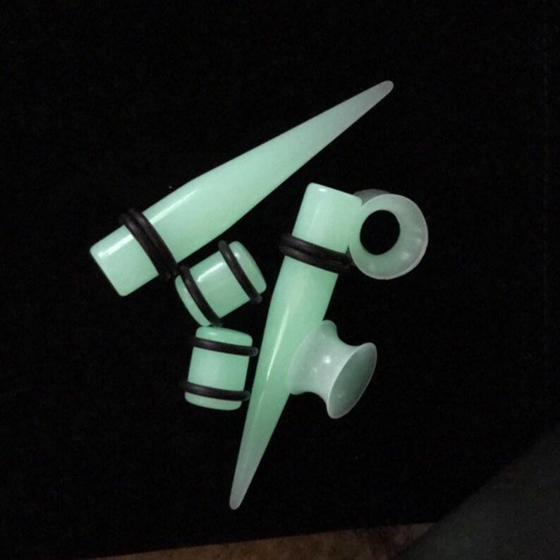 Unisex Glow In The Dark Ear Gauge Taper Plug Stretching Kit Stretcher Earring
