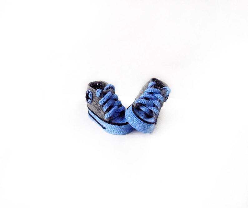 1209a3168d5f3 Bébé VANS garçon CONVERSE bébé garçon sport chaussons bleu et