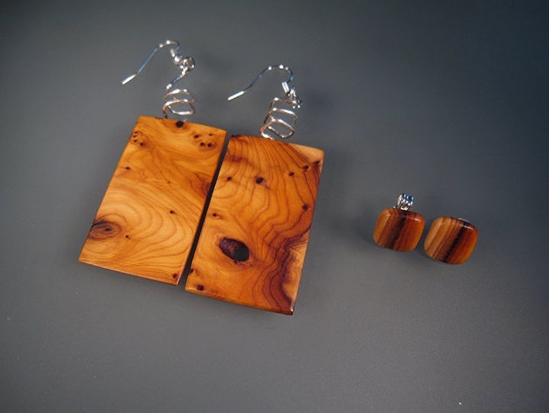 Wooden jewelry neck ear and arm jewellery set