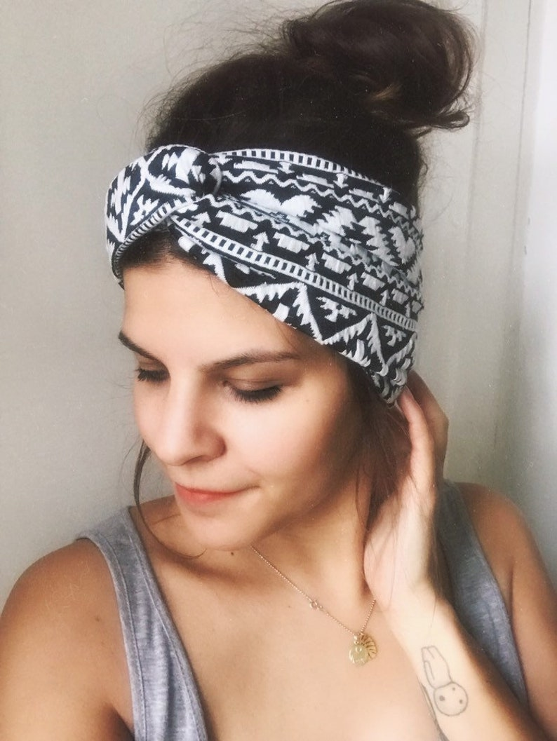 Hairband turban headband ethno ikat black and white image 0