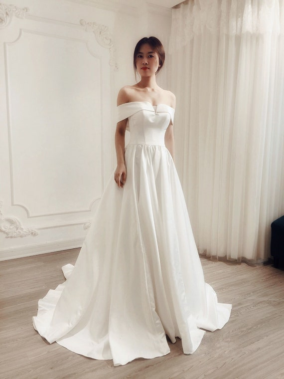 Aline Elegant Wedding Dress Royal Wedding Off The Shoulder Etsy