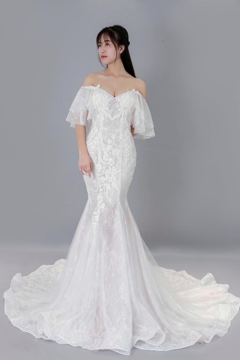 Mermaid Wedding Dress.Mermaid Wedding Dress Off The Shoulder Flutter Sleeves Lace