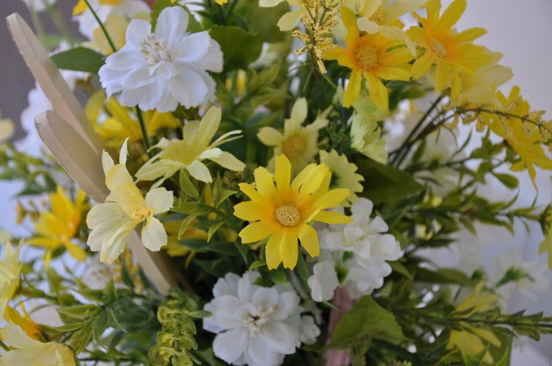 Easter Decoration Easter Centerpiece Spring Centerpiece Easter Decor Easter Theme Bunny Centerpiece Easter Accent Floral Arrangement
