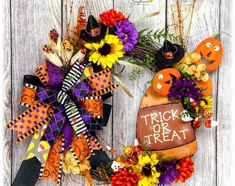 Trick or Treat Wreath, Halloween Wreath for Front Door, Front Door Halloween Wreath, Halloween Decoration, Halloween Party Decoration