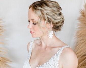 BRIDAL JEWELRY FLOWER EARRINGS & HAIRPINS Boho Style Bride Set Earrings With Flowers Hairpin Wedding Headdress Bridal Floral Hairpins